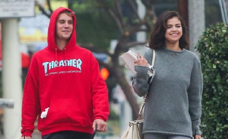 Selena Gomez bromea sobre su relación con Justin (VIDEO)