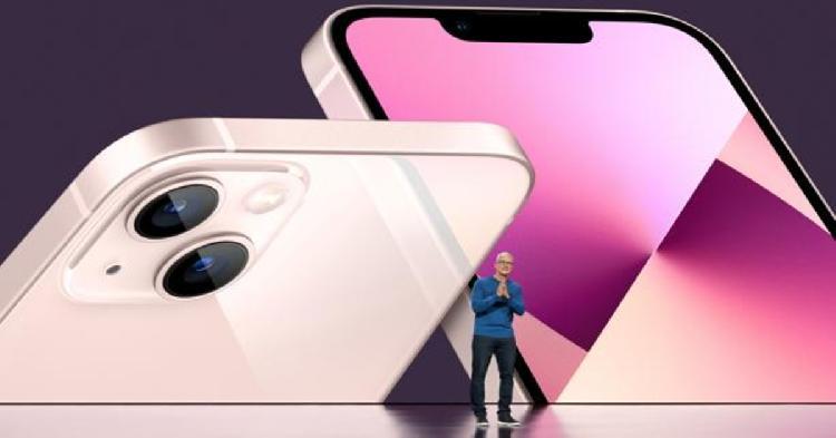 Apple presenta su nuevo celular y el internet enloquece (VIDEO)