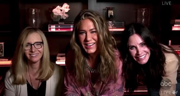 ¡Están de regreso! Las chicas de Friends se reunieron (VIDEO)
