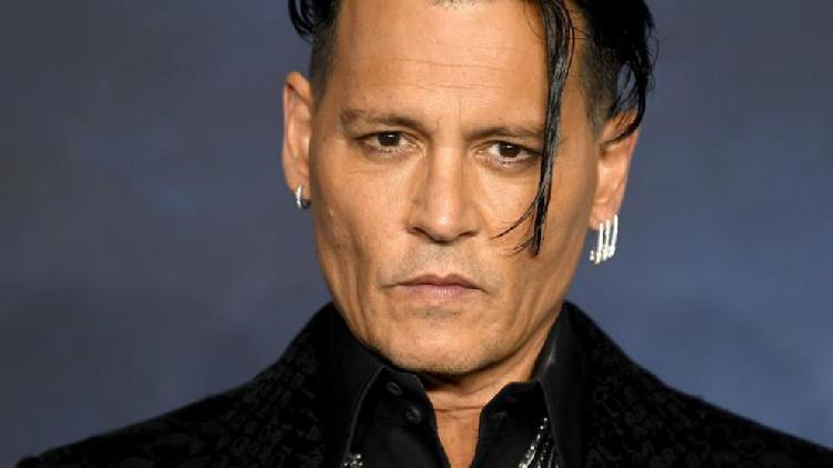 Encuentran sustituto de Johnny Depp tras pedirle renuncia (FOTO)