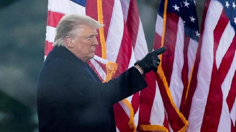 Trump se lava las manos, afirma él no tiene la culpa de disturbios (VIDEO)